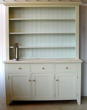 Providence home page cabinetmaking and paint cambridge for Bone white kitchen cabinets