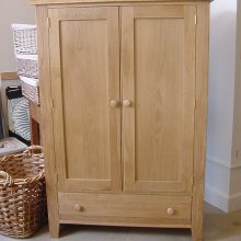 Cupboard-2-door-Oak